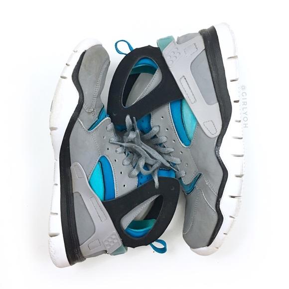 1a4e22185453 Nike 2012 Huarache Stealth Neptune Sneakers 11.5. M 5b71485b5098a091ca76aebd
